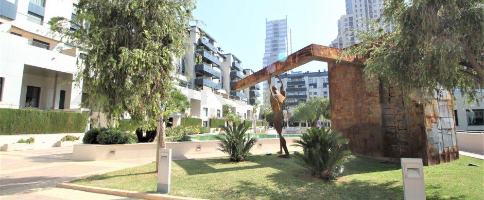 Alquiler de Ático en avenida de las Cortes Valencianas, 26